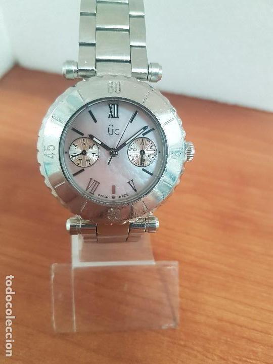 Relojes - Guess: Reloj GUESS de cuarzo con máquina Suiza multifunción, esfera de nacar, corona rosca, correa original - Foto 12 - 142988570