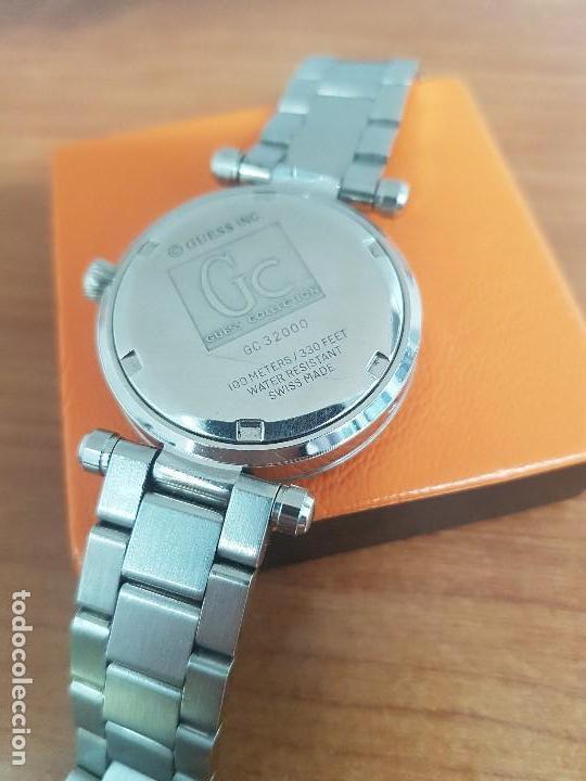 Relojes - Guess: Reloj GUESS de cuarzo con máquina Suiza multifunción, esfera de nacar, corona rosca, correa original - Foto 17 - 142988570