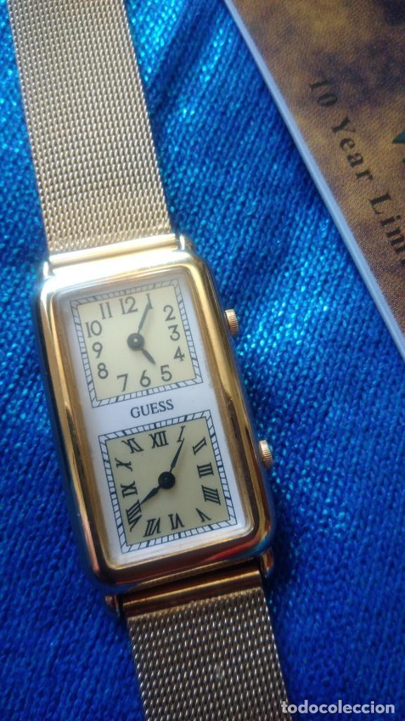 Relojes - Guess: RELOJ DORADO DE DOS ESFERAS ´GUESS´ EN SU ESTUCHE - Foto 3 - 225262425