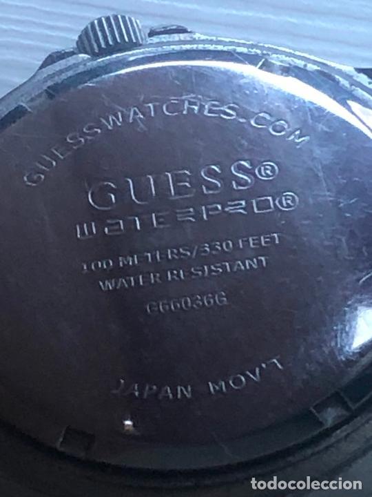 Relojes - Guess: Precioso reloj caballero caja y correa acero bimetálica en funcionamiento. Ver fotos - Foto 4 - 226579995