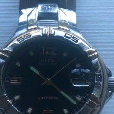 Relojes - Guess: PRECIOSO RELOJ CABALLERO CAJA Y CORREA ACERO BIMETÁLICA EN FUNCIONAMIENTO. VER FOTOS. Lote 226579995