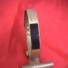 Ferramentas para relógios: EXPOSITOR SOPORTE METÁLICO PARA RELOJ DE PULSERA ISCO WATCH. Lote 70132325