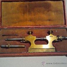Herramientas de relojes: TORNO DE RELOJERO PARA PIVOTEAR EJES. FRANCIA S. XIX.. Lote 43321625