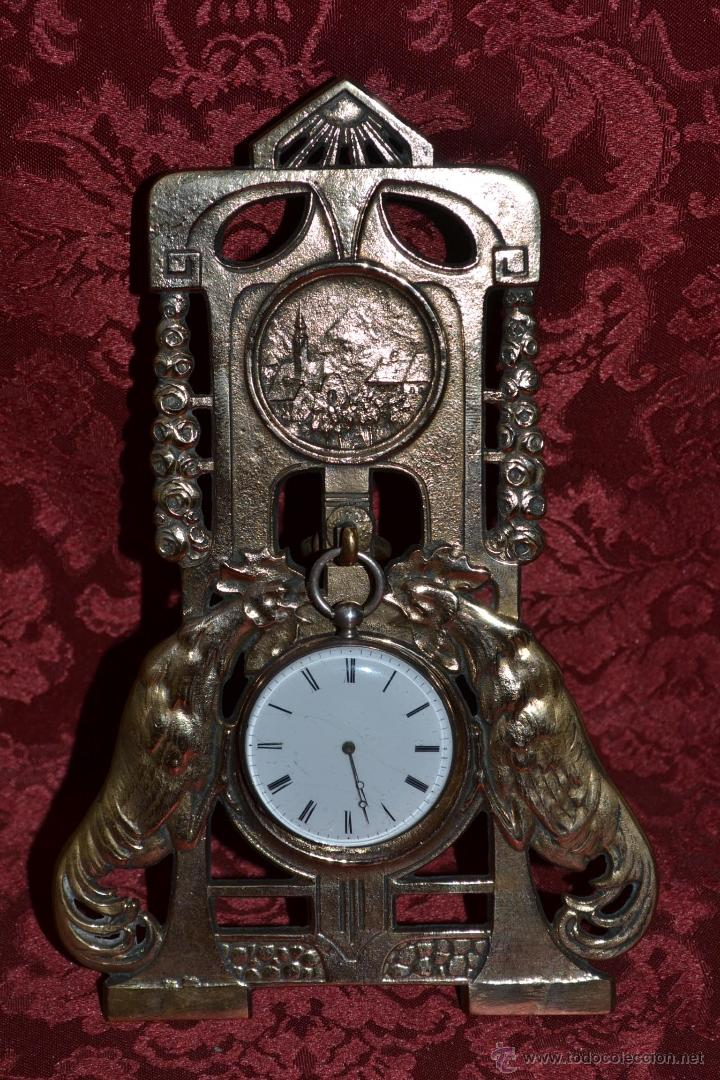 PRECIOSA RELOJERA ANTIGUA EN BRONCE DORADO DE MUY BONITO DISEÑO,S.XIX (Relojes - Herramientas y Útiles de Relojero )