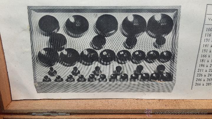 Herramientas de relojes: Juego de tases y prensa antiguos para poner tapaderas a los relojes - Foto 25 - 53390835