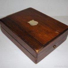 Herramientas de relojes - Antigua Caja o Estuche para Reloj de Bolsillo. Con incrustación en Nácar. - 57192000