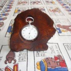 Herramientas de relojes: RELOJERA PARA RELOJ DE BOLSILLO DE MADERA TRONCO. Lote 59891351