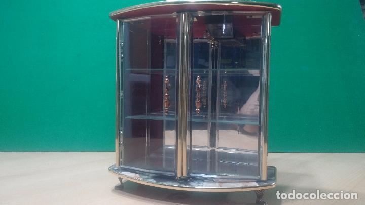 Herramientas de relojes: Botita caja vitrina expositora con luz para guardar reloj relojes o lo que se quiera - Foto 4 - 99891335