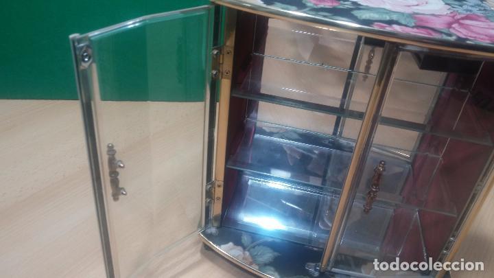 Herramientas de relojes: Botita caja vitrina expositora con luz para guardar reloj relojes o lo que se quiera - Foto 6 - 99891335