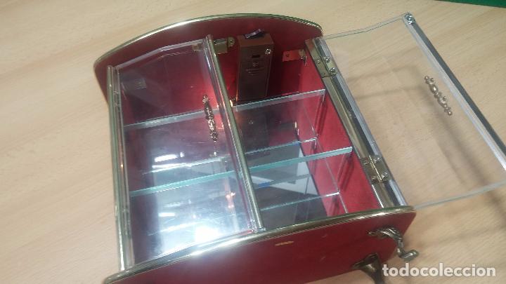 Herramientas de relojes: Botita caja vitrina expositora con luz para guardar reloj relojes o lo que se quiera - Foto 22 - 99891335