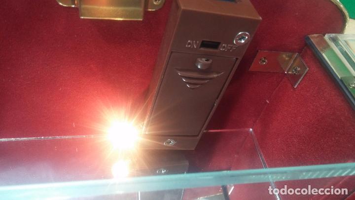 Herramientas de relojes: Botita caja vitrina expositora con luz para guardar reloj relojes o lo que se quiera - Foto 24 - 99891335