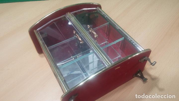 Herramientas de relojes: Botita caja vitrina expositora con luz para guardar reloj relojes o lo que se quiera - Foto 27 - 99891335