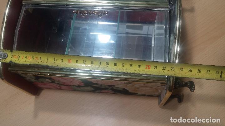 Herramientas de relojes: Botita caja vitrina expositora con luz para guardar reloj relojes o lo que se quiera - Foto 31 - 99891335