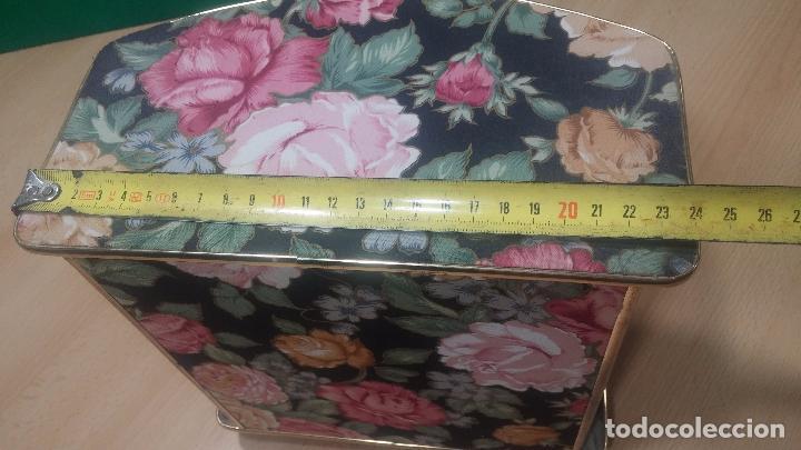 Herramientas de relojes: Botita caja vitrina expositora con luz para guardar reloj relojes o lo que se quiera - Foto 32 - 99891335