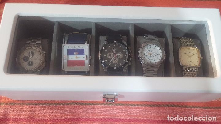 Herramientas de relojes: BOTITO ESTUCHE VITRINA BLANCO, PRECIOSO, IMPOLUTO, SE REGALAN LOS 5 RELOJES QUE CONTIENE - Foto 5 - 100473011