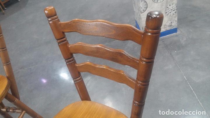Herramientas de relojes: Dos taburetes con respaldo ideal para taller de relojero, de madera maciza en muy buen estado - Foto 53 - 101169899