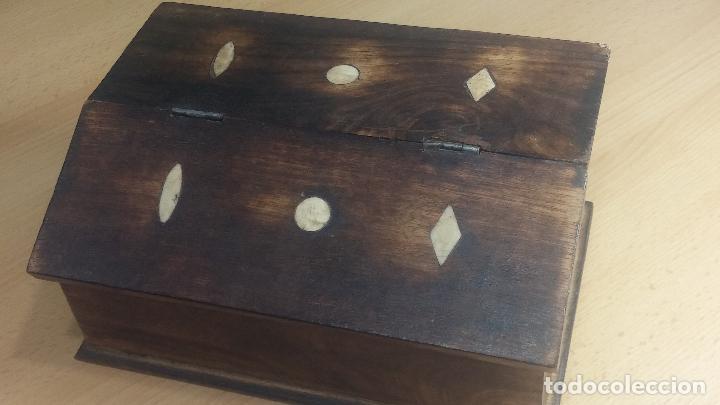 Herramientas de relojes: Botita caja relojera con gran cantidad de artículos para relojes antiguos - Foto 5 - 115590259