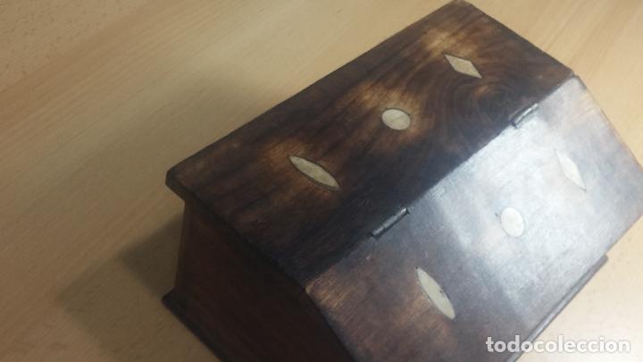 Herramientas de relojes: Botita caja relojera con gran cantidad de artículos para relojes antiguos - Foto 10 - 115590259