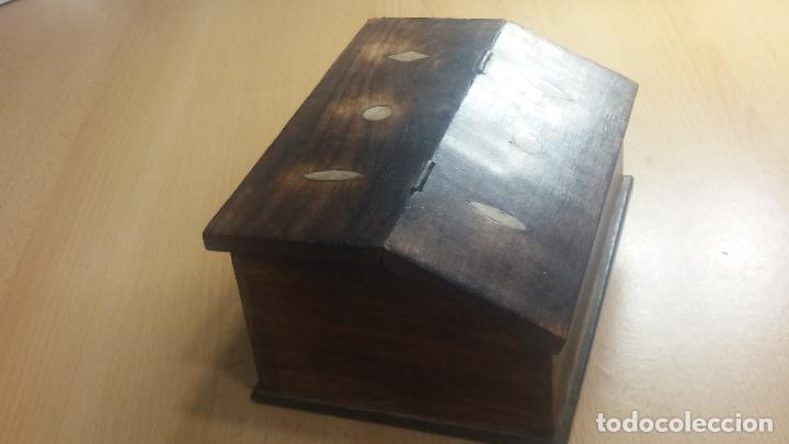 Herramientas de relojes: Botita caja relojera con gran cantidad de artículos para relojes antiguos - Foto 15 - 115590259