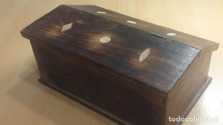 Herramientas de relojes: Botita caja relojera con gran cantidad de artículos para relojes antiguos - Foto 17 - 115590259
