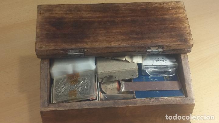 Herramientas de relojes: Botita caja relojera con gran cantidad de artículos para relojes antiguos - Foto 18 - 115590259