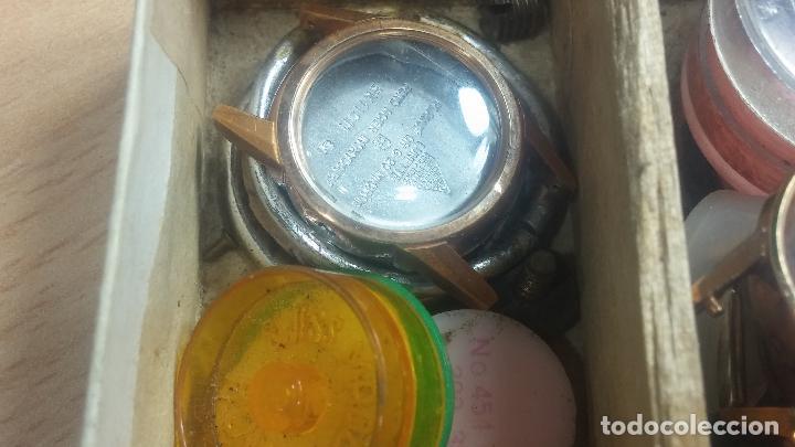 Herramientas de relojes: Botita caja relojera con gran cantidad de artículos para relojes antiguos - Foto 105 - 115590259