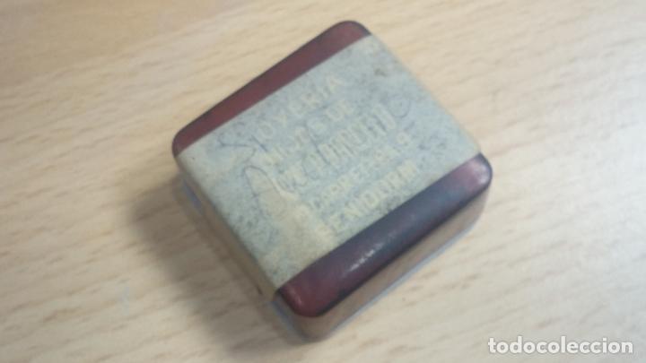 Herramientas de relojes: Botita caja relojera con gran cantidad de artículos para relojes antiguos - Foto 125 - 115590259