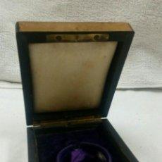 Herramientas de relojes - Caja antigua de joyería para reloj bolsillo - 116356700