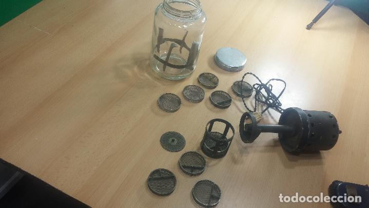 Herramientas de relojes: Aparato de lavar maquinarias de relojes, de antiguo taller de relojería, funcionando perfecta. - Foto 25 - 117398871