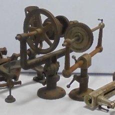 Herramientas de relojes: LOTE DE 5 HERRAMIENTAS DE RELOJERO. TORNO Y ACCESORIOS. VER FOTOS. LEER. Lote 119065935