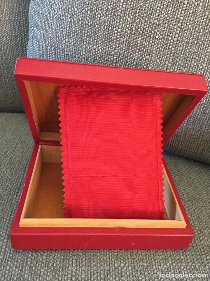 Herramientas de relojes: Caja de reloj omega de Loewe - Foto 2 - 135672422