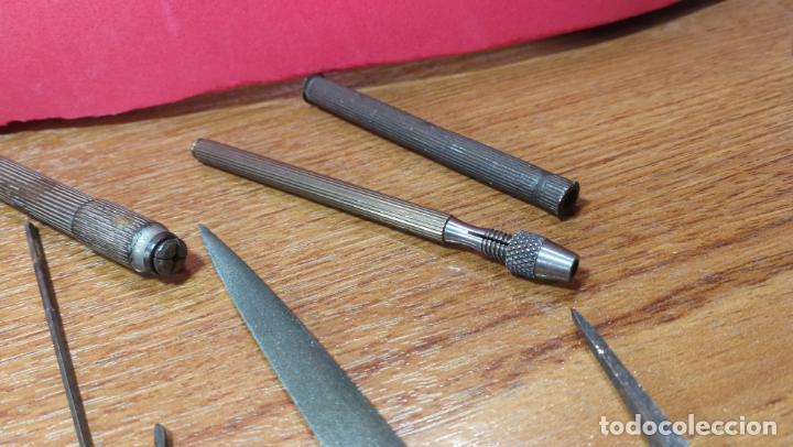 Herramientas de relojes: Caja relojera con 7 mandriles y 34 útiles para los mismos - Foto 39 - 140588122