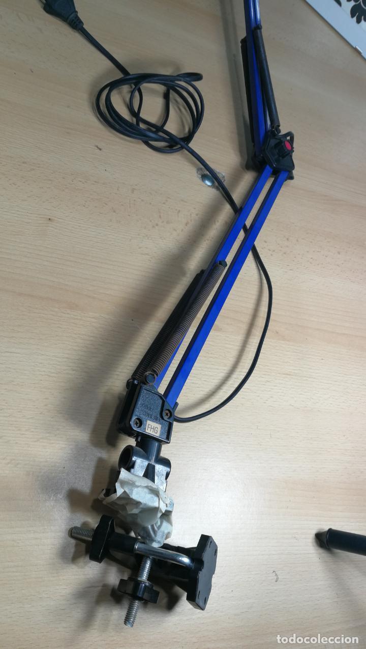 Herramientas de relojes: Lampara foco de trabajo azul, para taller de relojero o relojería - Foto 8 - 152649554