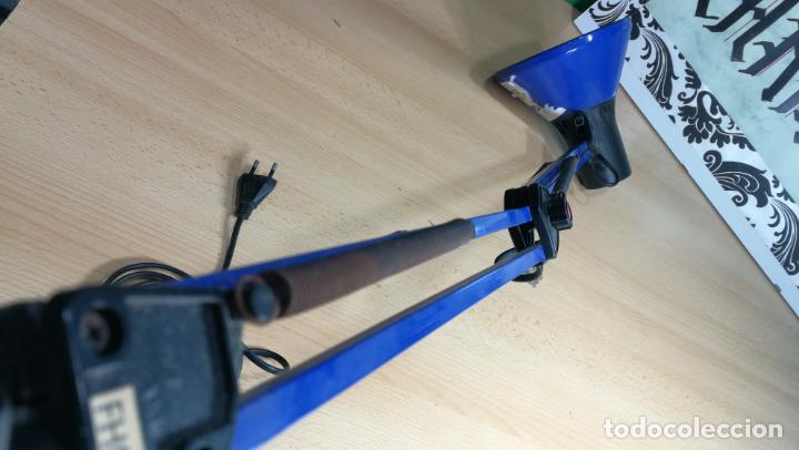 Herramientas de relojes: Lampara foco de trabajo azul, para taller de relojero o relojería - Foto 20 - 152649554