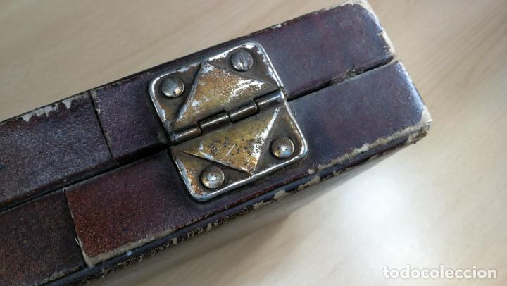 Herramientas de relojes: Botita caja ideal para guardar relojes, fornituras, billetes o pequeñas colecciones - Foto 16 - 160194246