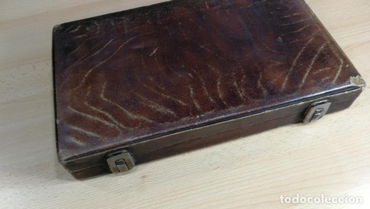 Herramientas de relojes: Botita caja ideal para guardar relojes, fornituras, billetes o pequeñas colecciones - Foto 18 - 160194246