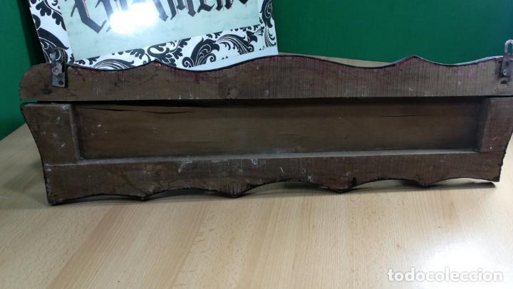 Herramientas de relojes: Percha antigua de madera utilizada en una relojería ya cerrada hace años, PARA RESTAURAR - Foto 34 - 160196238