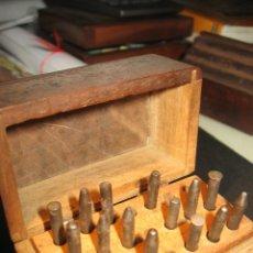Herramientas de relojes: ANTIGUOS ÚTILES O HERRAMIENTAS RELOJERÍA. Lote 163616910