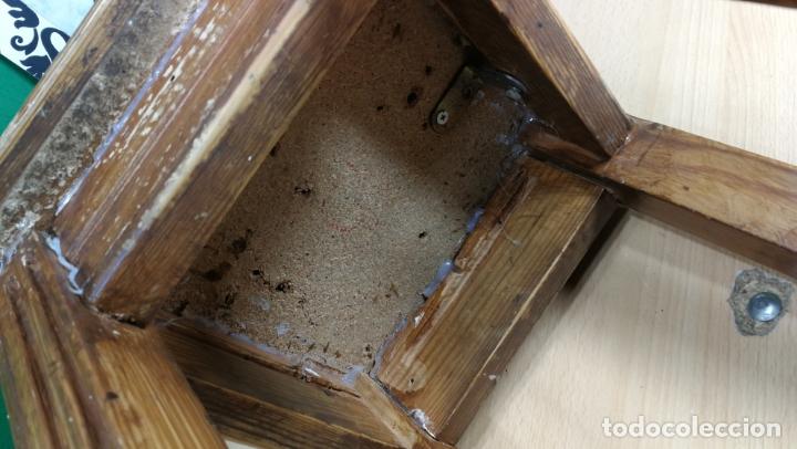 Herramientas de relojes: TABURETE ANTIGUO PEQUEÑO estaba en TALLER RELOJERO - Foto 8 - 167835924