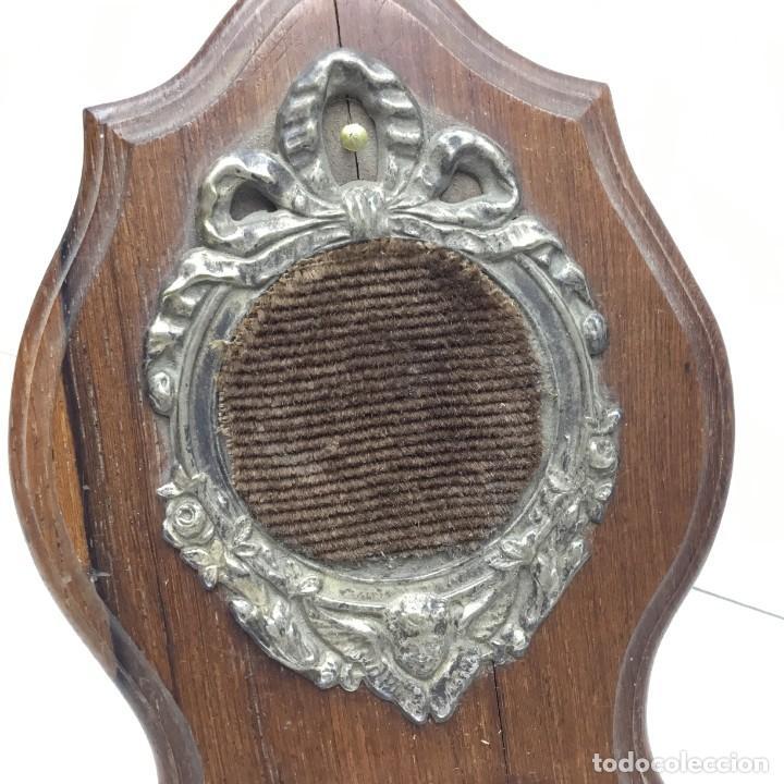 Herramientas de relojes: ANTIGUA RELOJERA - PORTA RELOJ DE BOLSILLO DE MADERA PARA RESTAURAR - Foto 3 - 170424828
