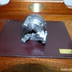 Herramientas de relojes: MORDAZA UNIVERSAL TORNO, DIAMETRO 5,5 CM.. Lote 176054308