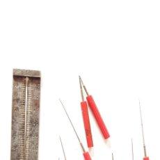 Herramientas de relojes: 137-JUEGO DE ESCARIADORES Y GALGA PARA PIVOTES. Lote 182234772