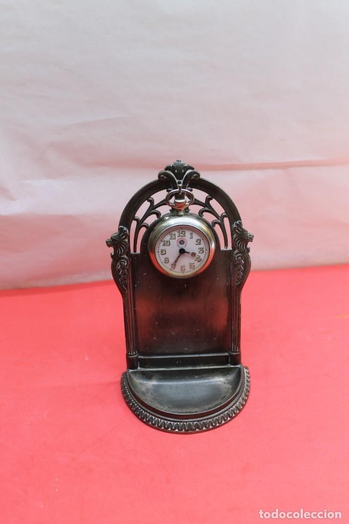 Herramientas de relojes: RELOJERA INGLESA DE ESTAÑO CIRCA 1920 - Foto 4 - 182678596