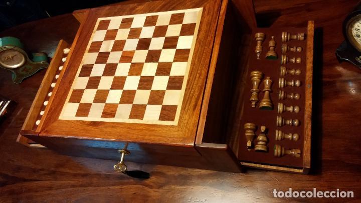 Herramientas de relojes: Botita caja con llave para guardar tábaco, relojes, joyas o lo que se quiera, creo que de cedro - Foto 7 - 183865775