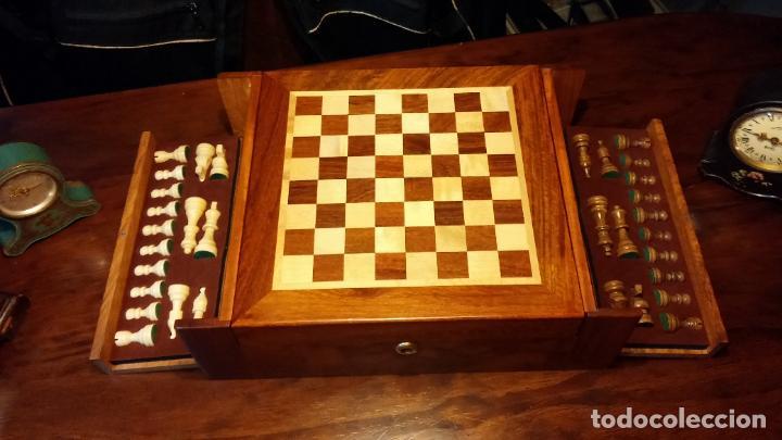 Herramientas de relojes: Botita caja con llave para guardar tábaco, relojes, joyas o lo que se quiera, creo que de cedro - Foto 11 - 183865775