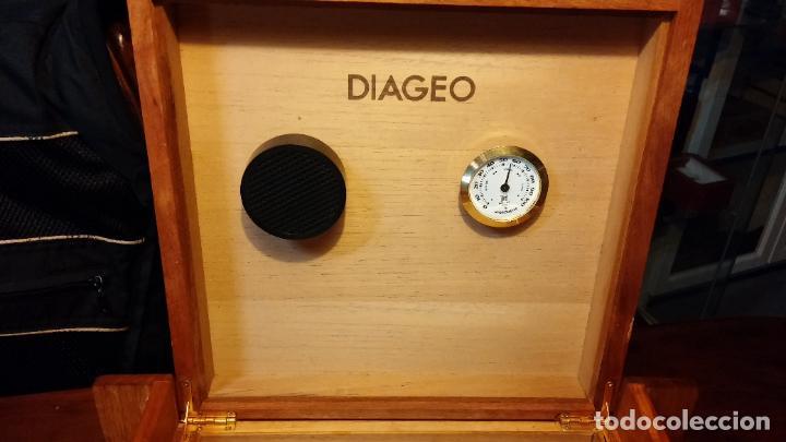 Herramientas de relojes: Botita caja con llave para guardar tábaco, relojes, joyas o lo que se quiera, creo que de cedro - Foto 15 - 183865775