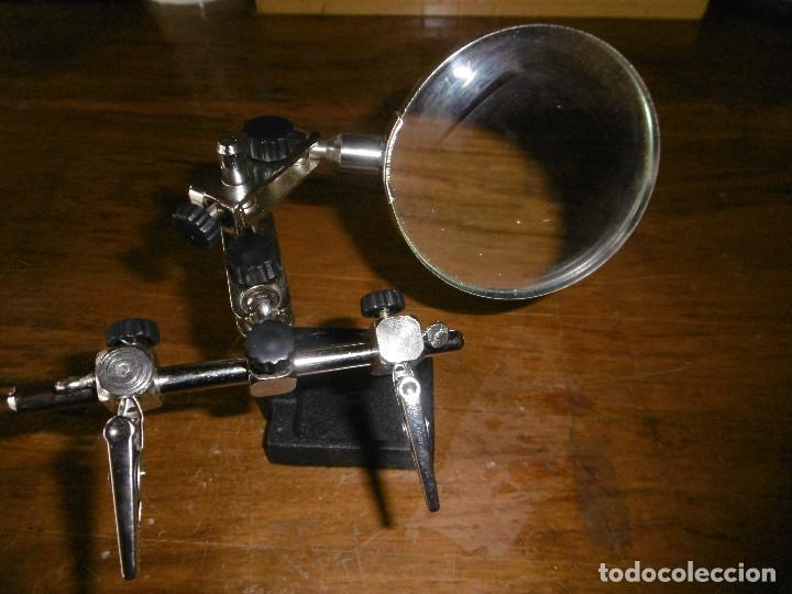 Herramientas de relojes: MAGNIFICA LUPA CON PINZAS PARA RELOJES, SELLOS OBJETOS PEQUEÑOS - Foto 3 - 186292346