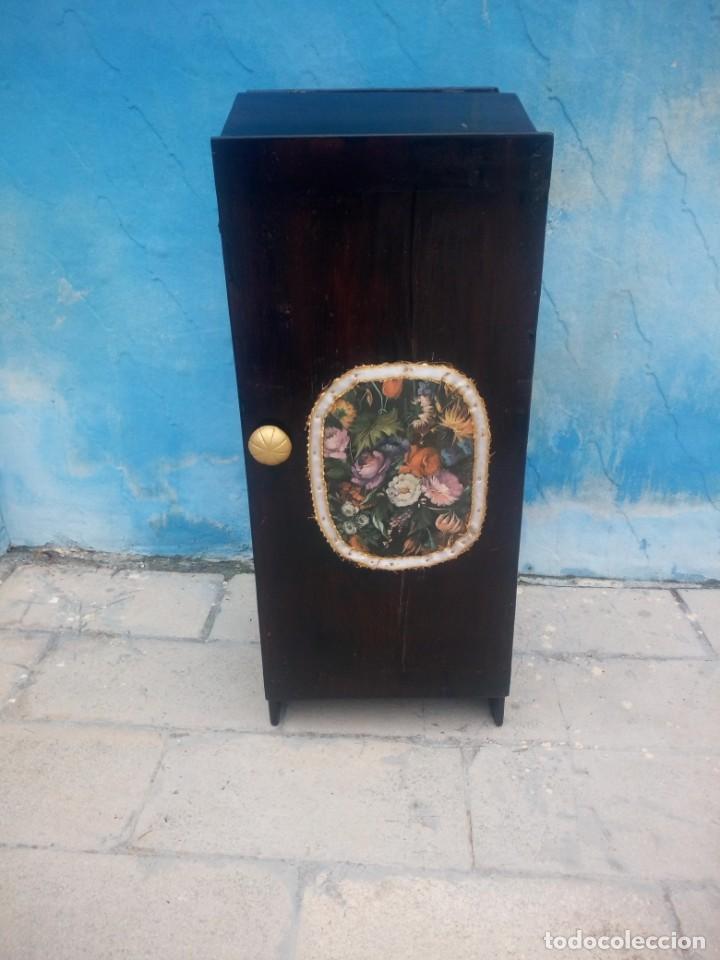 Herramientas de relojes: Antiguo armario de relojero,con 27 cajones abajo y en la parte de arriba bandeja y 1 cajón,siglo xix - Foto 4 - 200161138