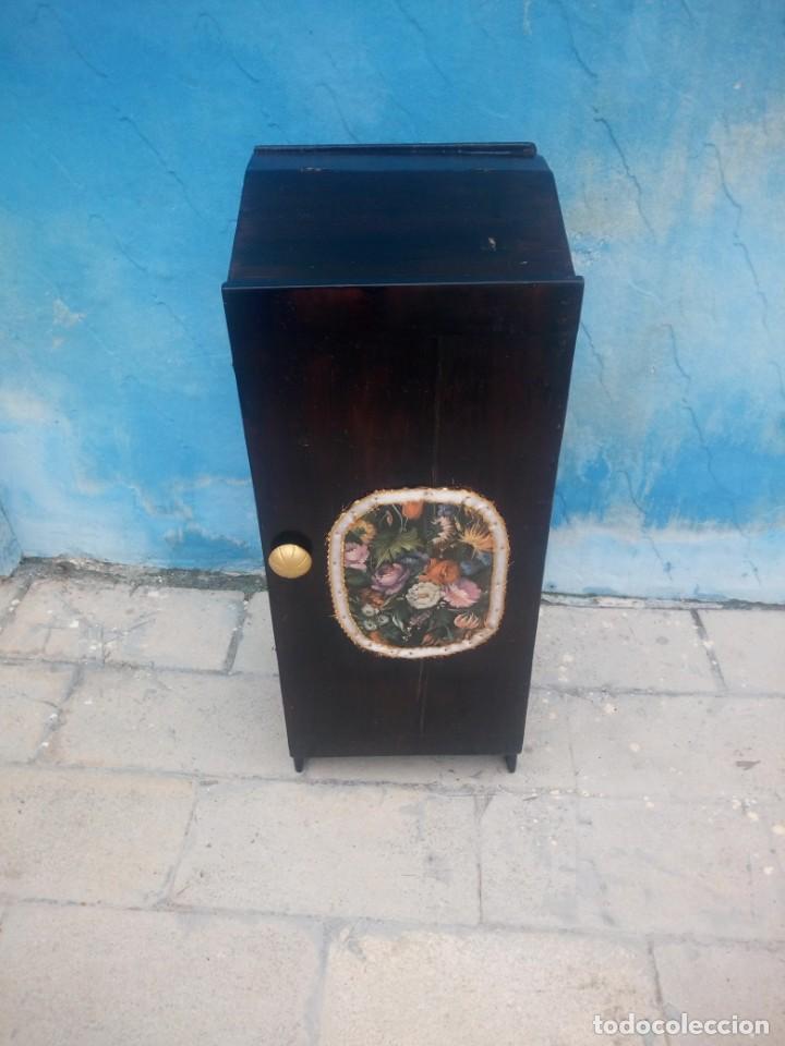 Herramientas de relojes: Antiguo armario de relojero,con 27 cajones abajo y en la parte de arriba bandeja y 1 cajón,siglo xix - Foto 5 - 200161138