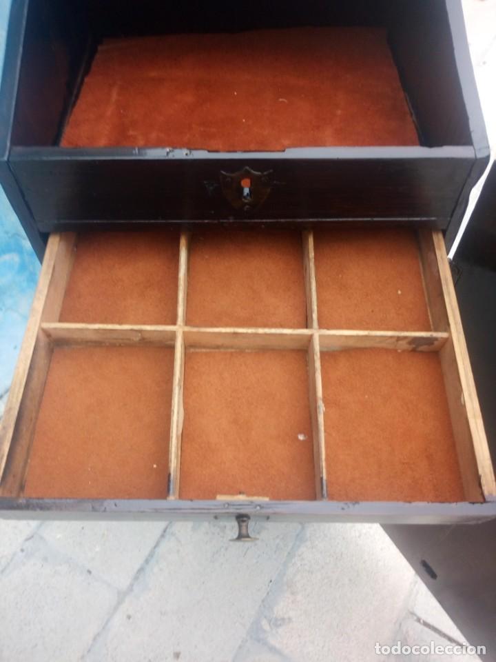 Herramientas de relojes: Antiguo armario de relojero,con 27 cajones abajo y en la parte de arriba bandeja y 1 cajón,siglo xix - Foto 13 - 200161138